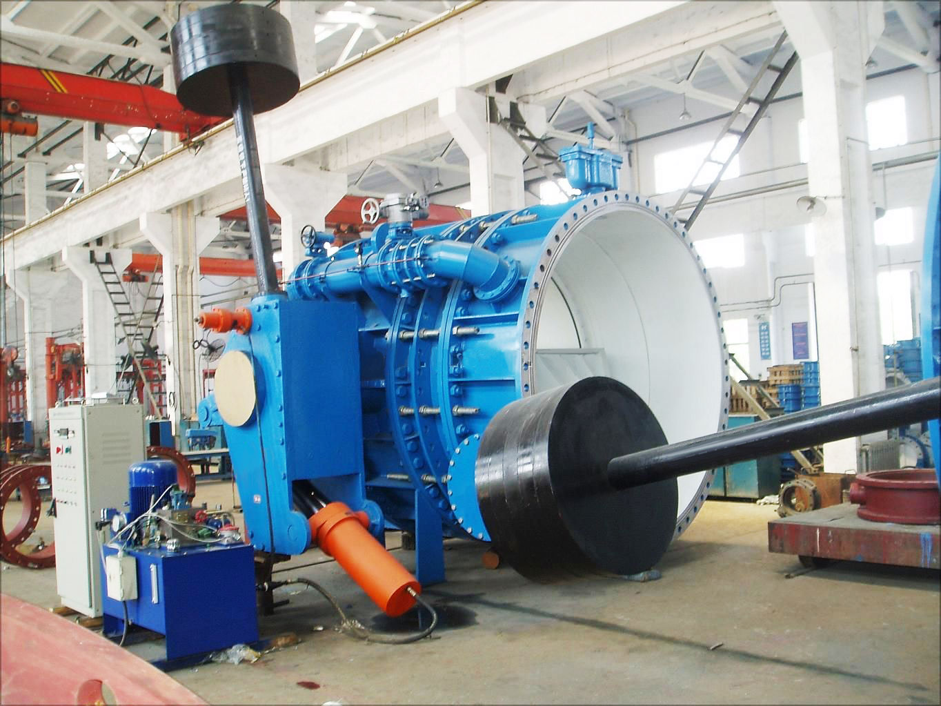 Hydraulic control check butterfly valves